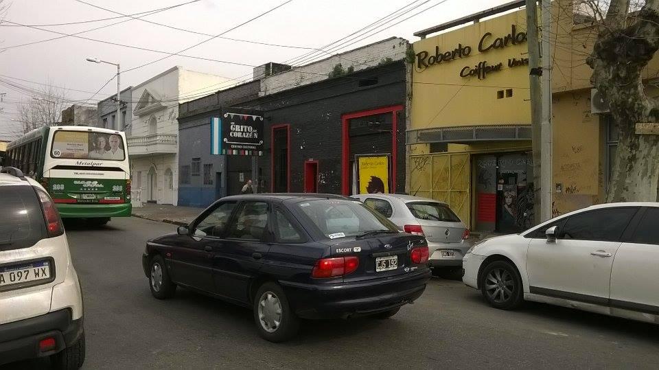 Vista de la entrada del CC - Centro Cultural Un Grito de Corazón