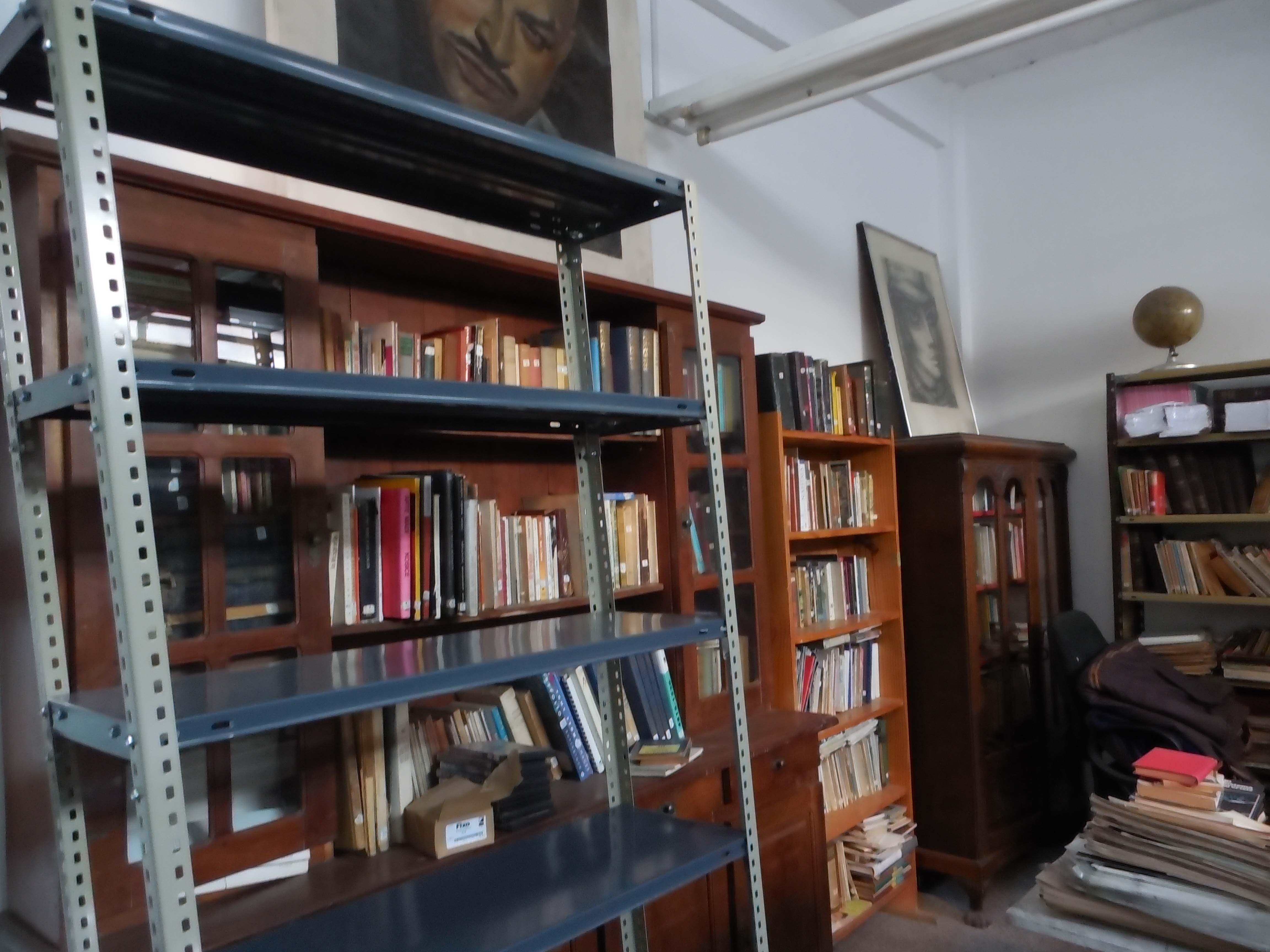 Gente de Arte - Biblioteca - Biblioteca en la Asociación Gente de Arte de Avellaneda