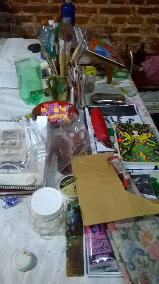 mesa de trabajo. taller - El Patio del Arte