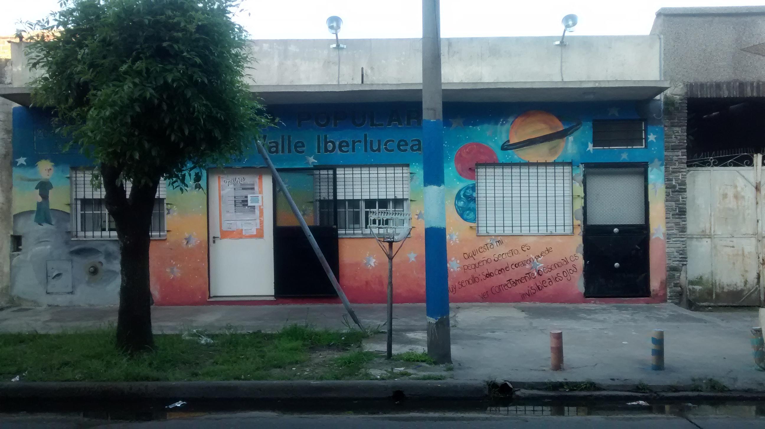 Fachada - Centro Cultural Giros