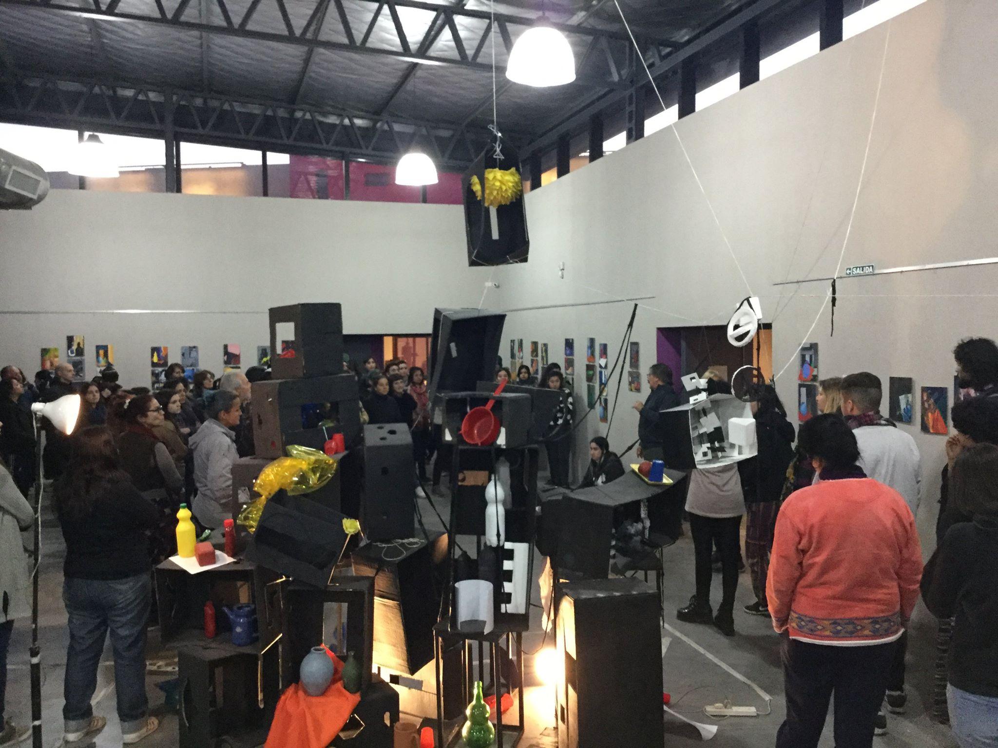 registro inauguración expo de estudiantes - Instituto Municipal Superior de Artes Plásticas