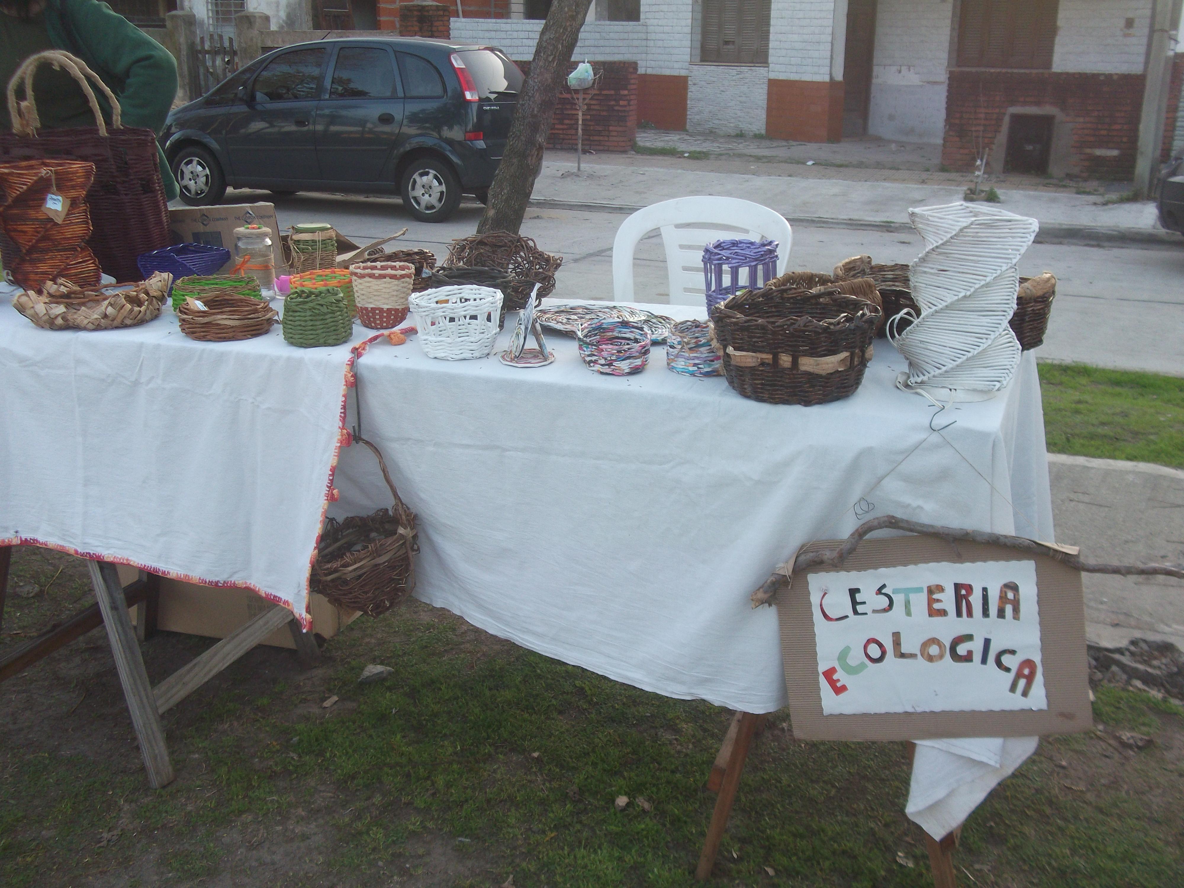 Feriantes - Centro Cultural Juana Azurduy