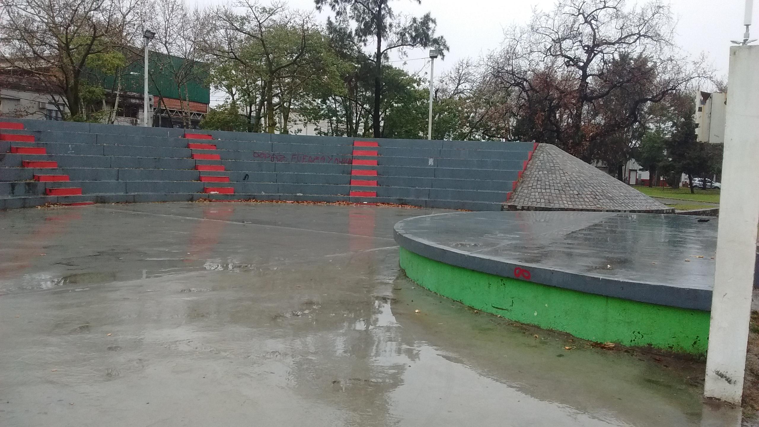 Anfiteatro de la plaza Gral San Martín - Festival que realiza el Centro Cultural Nueva Esperanza
