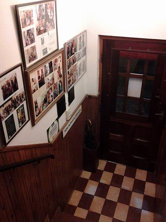 escalera. vista desde 1er. piso - Atelier de Horacio Cabezuelo