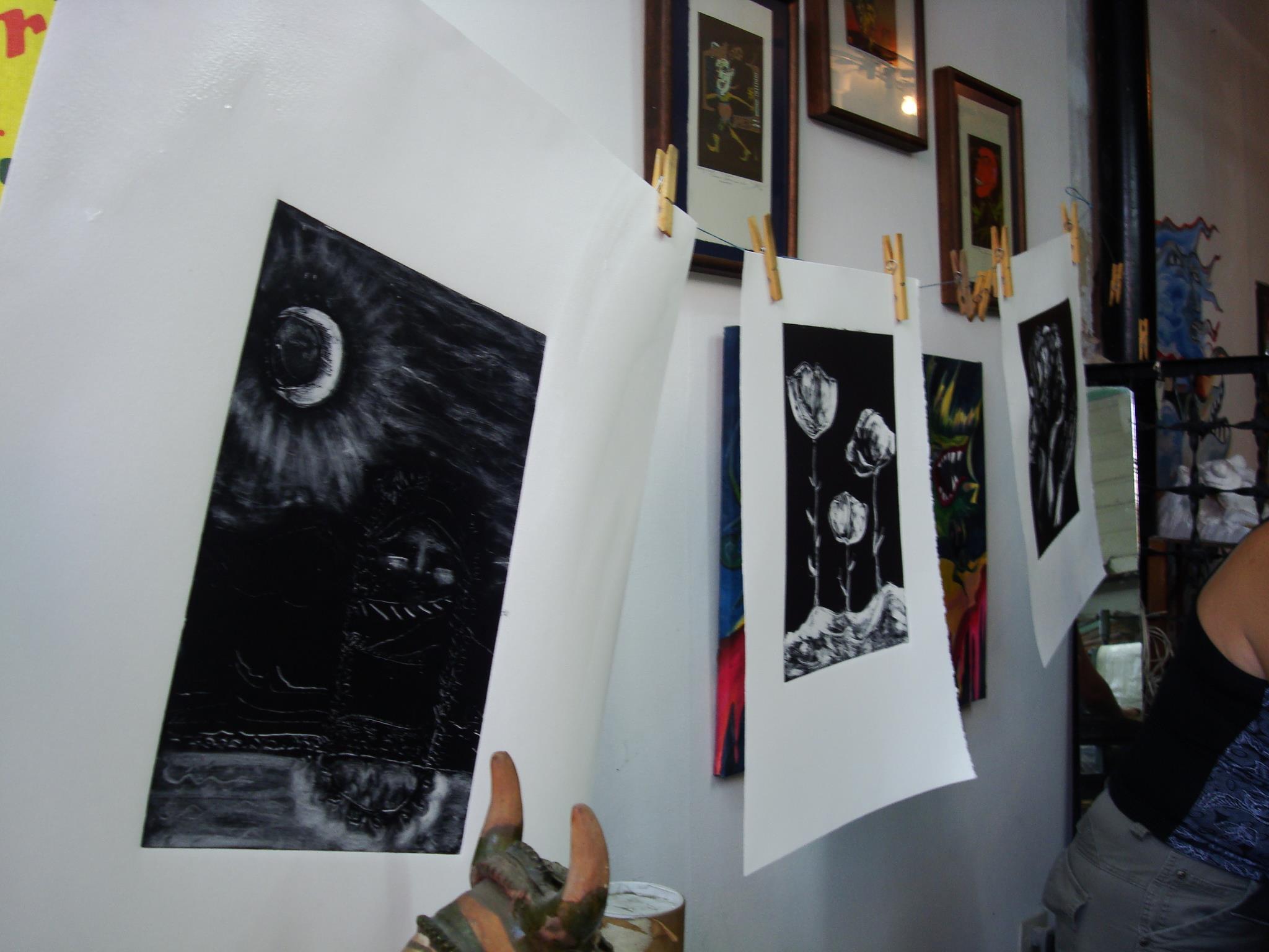 taller Mirando al Sur. trabajos secándose - Atelier de Silvia Rocca