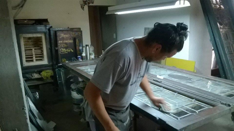 Diego Espósito, trabajador - Claudio De Luca Vitraux