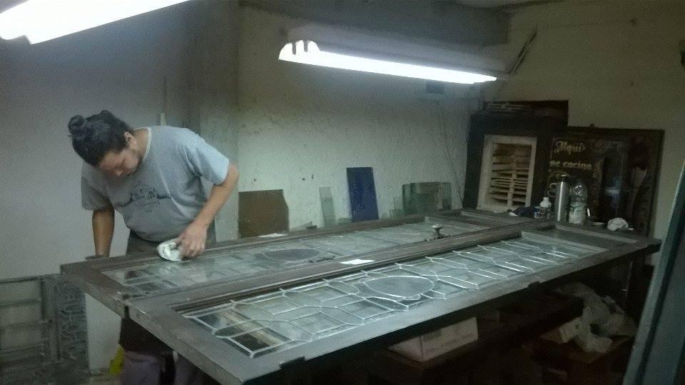 trabajador. pb - Claudio De Luca Vitraux