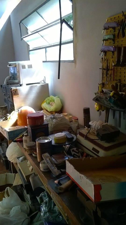 mesa de trabajo. taller - Claudio De Luca Vitraux