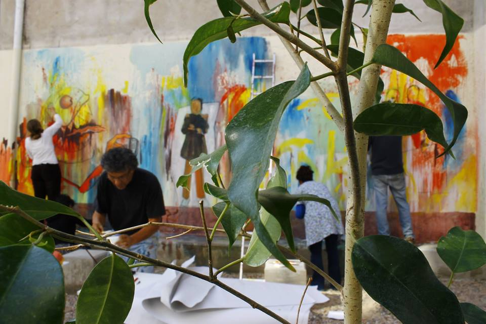 producción del mural - Mural Jornadas de Estética y Pensamiento Descolonial en la UNDAV