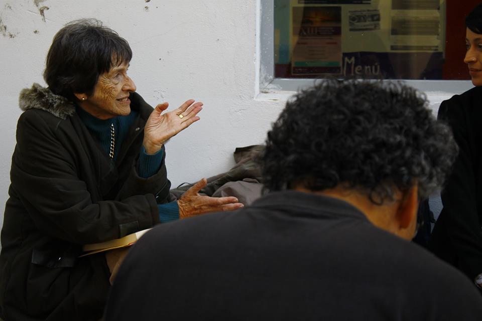 conversatorio previo a la producción del mural 3 - Mural Jornadas de Estética y Pensamiento Descolonial en la UNDAV