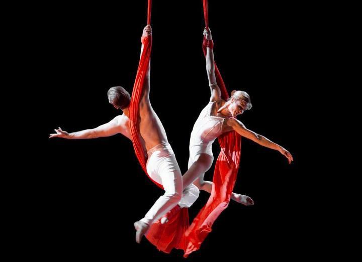 Taller de tela - Muestra de fin de año de la Escuela Municipal de Circo, Murga